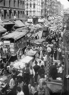 NYC. Manhattan. Vintage snapshot at Hester Street, 1903 in Lower Manhattan.   A New Century Gallery