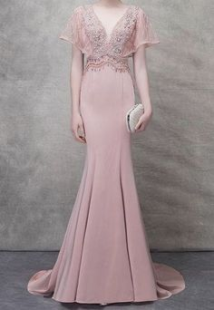 Chic / Beautiful Blushing Pink Evening Dresses 2018 Trumpet / Mermaid Beading Crystal Pearl V-Neck Backless Short Sleeve Sweep Train Formal Dresses Blush Pink Prom Dresses, Grad Dresses Long, Mermaid Prom Dresses, Wedding Dresses, Pink Evening Dress, Formal Evening Dresses, Robes D'occasion, Cheap Party Dresses, Special Occasion Dresses