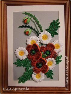 Картина панно рисунок Квиллинг Маки и ромашки + конверт Бумажные полосы фото 1