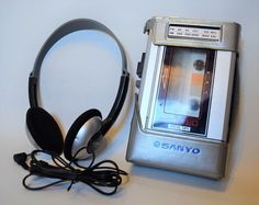 SANYO AM/FM CASSETTE PLAYER Metal Tape STEREO M-G30, Works great! #SANYO