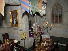http://magicalminiatures.net/the-harry-potter-world/hogwarts-the-castle/