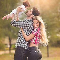 Linda família