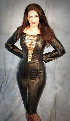 HANDMADE for YOU Vampirella Wicked Witch Steel Boned Italian Leather Corset Dress Dominatrix Made to your measurements