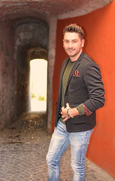 Photo shoot in Hortus Conclusus | OUTFIT #ootd #menoutfit #blogger #fashionblogger #shirt #menswear #mensfashion #fashion #look #style #gentleman #fashionblogger #xagonman #benevento