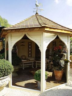 Pergola and Gazebo Design Trends: With its sweeping ogee arches, timber deck and bench seating. Diy Pergola, Garage Pergola, Wooden Pergola, Pergola Shade, Pergola Kits, Pergola Ideas, Pergola Screens, Pergola Pictures, Pergola Roof