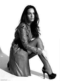 Veja 50 gifs super sensuais de Megan Fox e descubra se o cachê de R$4,7 milhões para trazer a atriz para o carnaval valeu a pena - Foto 1 - Cinema - R7#fotos#fotos
