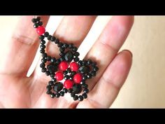 You Can Find Fantastic Gifts at Jewelry Stores Tatting Jewelry, Seed Bead Jewelry, Bead Jewellery, Beaded Jewelry, Small Earrings, Women's Earrings, Earrings Handmade, Handmade Jewelry, Earring Tutorial