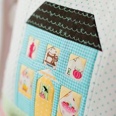 How to make a pillow or cushion with Piping attached - Sewing Method Lap Quilts, House Quilts, Small Quilts, Quilt Blocks, How To Make Piping, How To Make Pillows, Fun Projects, Sewing Projects, Last Stitch