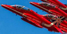 Raf Red Arrows, Airplane Crafts, Flying Ace, Airplanes, Aviation, Survival, Pictures, Cute Horses, Great White Shark