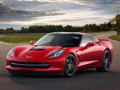 2014-chevy-corvette-stingray-c7-front-driver-side-view-01