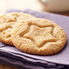 Peanut Butter Cookies--only 4 ingredients  This irresistible peanut butter cookie recipe contains no flour. For Christmas or special occasions, imprint them with cookie cutters to fit the season instead of the star-shaped cutter.