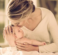Dzień Matki w salonach W.KRUK, biżuteria,