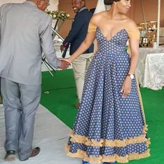 Chic and Modern shweshwe dresses Fashion - Our Nail African Wedding Attire, African Attire, African Wear, African Dress, African Jumpsuit, African Weddings, Seshweshwe Dresses, Nice Dresses, Summer Dresses