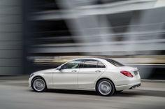 La Classe C confirme le nouveau message de Mercedes : des lignes plus tendues que par le passé. Essai Mercedes Classe C 220 BlueTec (2014)