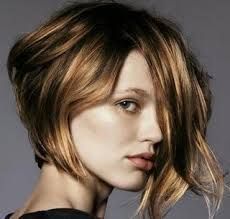 Resultado de imagem para cabelo  ondulado chanel com nuca batida