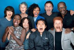 RT if you love #TheWalkingDead cast!