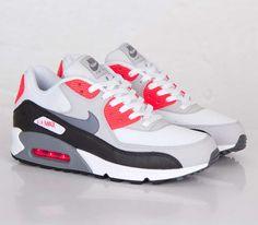 Nike Air Max 90 Essential-White-Cool Grey-Neutral Grey-Black