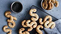 Salmiakkiässät No Bake Desserts, Cookie Recipes, Cookies, Baking, Food, Crack Crackers, Patisserie, Biscuits, Biscuits