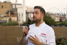 A meal with a view - Sven-Hanson Britt addressing guests at the dining experience on the John Lewis rooftop garden, with the London skyline in the background Pop Up Restaurant, London Skyline, Rooftop Garden, Executive Chef, John Lewis, Fork, Meal, Dining, Food