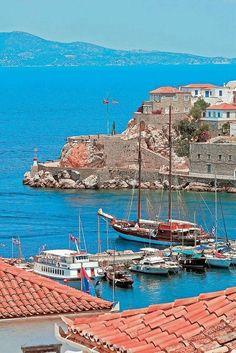 Hyrdra, Greece…..The Island of no cars and no bikes!