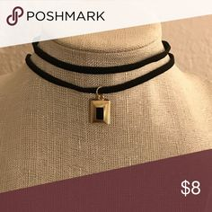 ❤️Black choker with small charm😍 💓Sexy Black choker with small charm Jewelry Necklaces