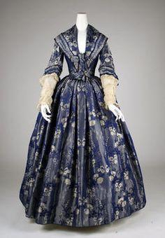 1842 British dress.  Too early for reenacting the Civil War, but so gorgeous!!