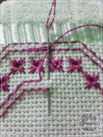 Bead Loom Patterns, Modern Cross Stitch Patterns, Cross Stitch Designs, Hardanger Embroidery, Diy Embroidery, Embroidery Stitches, Cat Cross Stitches, Swedish Weaving, Hello Kitty Wallpaper