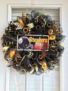 What better way to celebrate your favorite team. This large wreath features a central Steelers metal vanity plate, with black and gold mesh and ribbon accents. Steelers Gifts, Steelers Football, Pittsburgh Steelers, Steelers Stuff, Gold Wreath, Diy Wreath, Wreath Ideas, Christmas Mesh Wreaths, Fall Wreaths