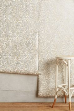 Slide View: 2: Paisley Tracings Wallpaper