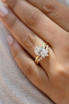 Pink morganite engagement ring set Curved U diamond wedding band rose gold bridal rings oval Morganite ring Milgrain HALO – Fine Jewelry Ideas - weddingrings Bridal Rings, Diamond Wedding Rings, Diamond Engagement Rings, Solitaire Rings, Solitaire Diamond, Oval Diamond, Oval Rings, Moissanite Rings, Wedding Ring With Band