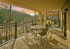 Walk to downtown from your 2br streamside condo. Enjoy the sounds of the creek from your huge balcony and the outdoor swimming pool open in the summer months! Perfect for a romantic getaway or small family. http://www.gatlinburgrentalplaces.com/vacation-rentals/4459/Gatehouse-Condos---406-Gatlinburg-Gatlinburg-TN