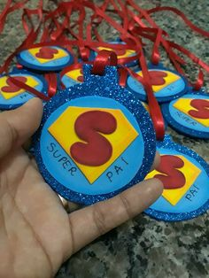 Dia dos pais Cool Fathers Day Gifts, Best Dad Gifts, Fathers Day Crafts, Summer Crafts For Toddlers, Toddler Crafts, Dad Crafts, Diy Arts And Crafts, Class Door Decorations, Mother And Father