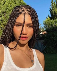 Zendaya took to Instagram on Monday to share a series of selfies featuring glowing skin and a mane of box braids.