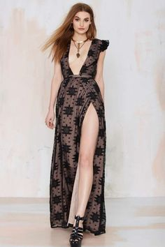 The Jetset Diaries Eternal Whispers Embroidered Dress – almost a little bit too revealing for it to be wearable