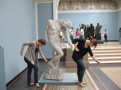 Statues having fun with people. - Album on Imgur