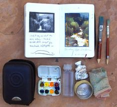 Nathan Fowkes' Moleskine sketch kit.