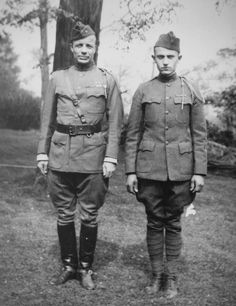 (left) as a solder in WWI Theodore Roosevelt Jr, Roosevelt Family, Man Of War, Historical Pictures, Kermit, World War I, Usmc, Wwi, First World