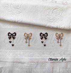 Fotoğraf açıklaması yok. Kawaii Cross Stitch, Simple Cross Stitch, Cross Stitch Tutorial, Cross Stitch Patterns, Book Crafts, Diy And Crafts, Hand Embroidery, Embroidery Designs, Easy Cross