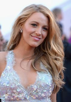 10 Times Blake Lively's Hair Was a Natural Wonder of the World | StyleCaster