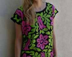Mexican embroidered black challis blouse huipil tunic pink green floral resort cover-up Oaxaca side Medium Mexican Textiles, Mexican Style, Textile Art, Pink And Green, Cover Up, Mexico, T Shirts For Women, Embroidery, Blouse