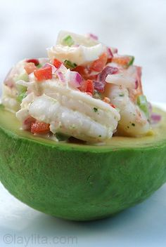 Shrimp Stuffed Avocado {Aguacate Relleno Con Camarones} _ Delicious recipe for shrimp stuffed avocado made with ripe avocado filled with shrimp, red onion, radish, bell pepper, celery and cilantro aioli salad. I Love Food, Good Food, Yummy Food, Healthy Snacks, Healthy Eating, Healthy Recipes, Drink Recipes, Easy Recipes, Keto Recipes