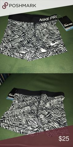 Nike Running Shorts NWT Size XS Nike Running Shorts NWT Size XS Nike Shorts