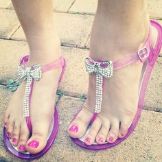 Cute Sandals - wish i had come across these sandals in spring or summer...