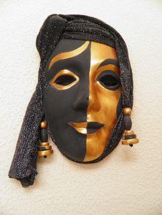 Masker gips, zwart/goud