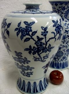 I just loved this blue and white vase but it sold out! WE have more items at bluewhitevases.com. #blueandwhite #homedecor #porcelainvase