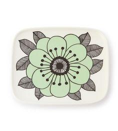 Marimekko for Stockmann Oiva Kestit plate 15 x 12 cm Ceramic Decor, Ceramic Plates, Ceramic Art, Heart Patterns, Print Patterns, Pottery Painting Designs, Square Plates, Pottery Sculpture, Flower Doodles