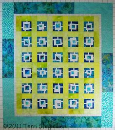 I like the borders and background layout on this quilt