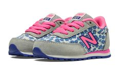 Look at this New Balance Bubble Gum Pink & Gray 501 Suede Sneaker - Infant on today! Baby Girl Shoes, My Baby Girl, Girls Shoes, Toddler Fashionista, New Balance Style, Pink Grey, Gray, Girls Wardrobe, Tween Girls
