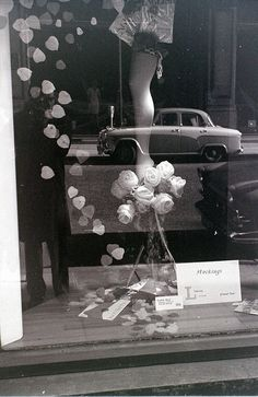 window display, pinned by Ton van der Veer