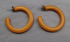 Vintage pierced earrings dark yellow butterscotch #bakelite hoops #Vintage #Earrings
